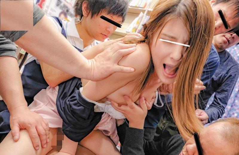 Japanese Girls Has Fuck Hard And Bukkake In The Market