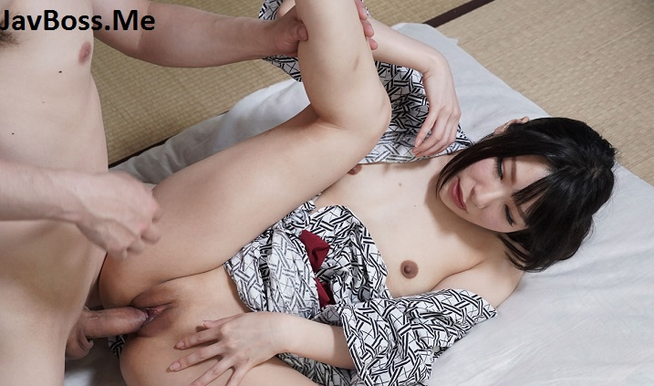 Shaved pussy girl fucked in kimono
